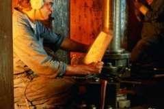 Доверять монтаж, а так же ремонт крыш стоит исключительно лишь опытным компаниям!